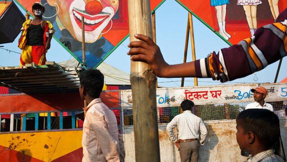 r3IMG_1173_india_sonepur_mela_fair_circus_2012